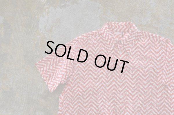 画像1: SALE!! ¥6,900→4,830      *vintage*     ゛GIZAGIZA゛ Pattern Shirt       サイズM〜Lぐらい (1)
